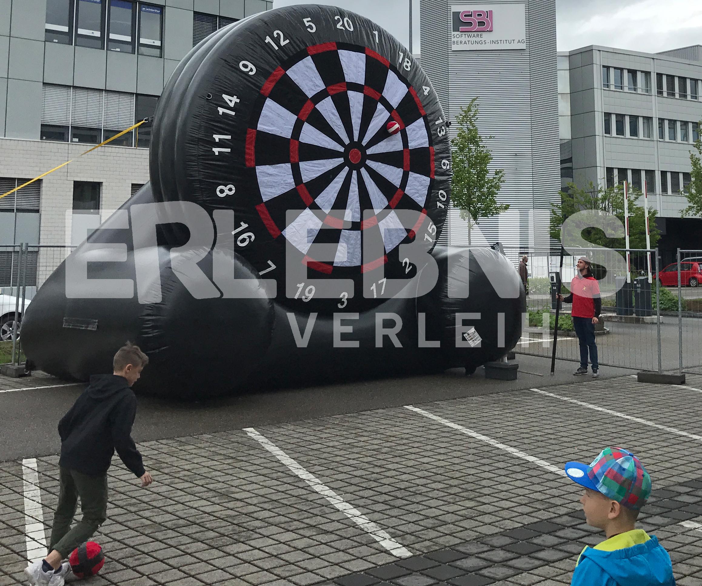 Aufblasbare Fußball-Dart-Scheibe für Events